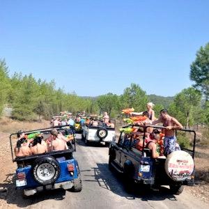 Kaş'ta Jeep ile Saklıkent'te Safari